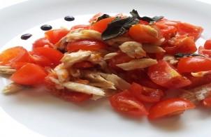 insalata di spigola e pomodorini